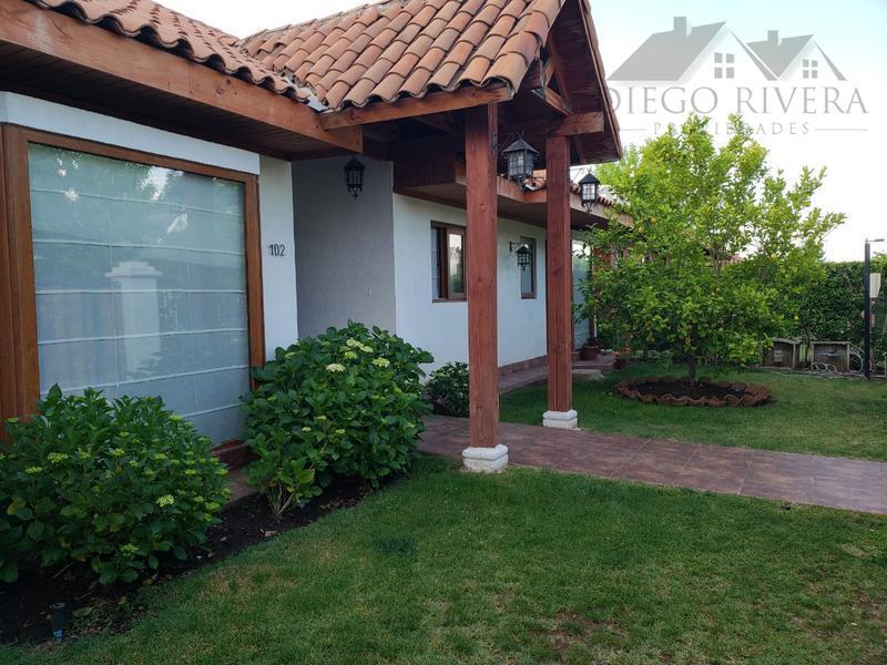 Vendo Hermosa Casa Loteo Polo Machali